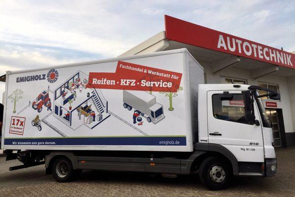 Werbeaktionen auf dem Fahrzeug